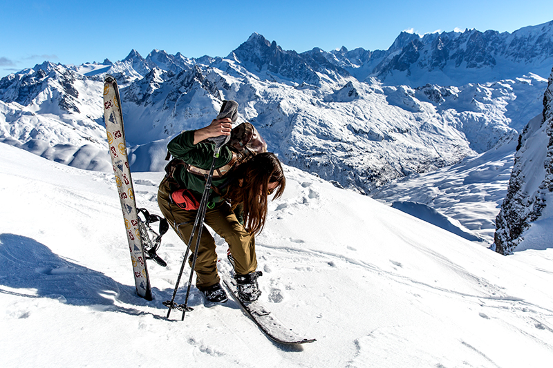 Splitboard touring in courchevel 1850 with a guide